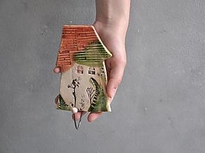 Nábytok - Vešiak s jedným domčekom oranžovo zelený - 13610912_