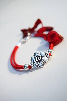 Náramky - Náramok s ružou červený - 13613855_
