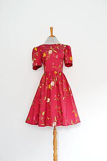 Šaty - Hodvábne vyšívané šaty s riasenou sukňou - 13616296_
