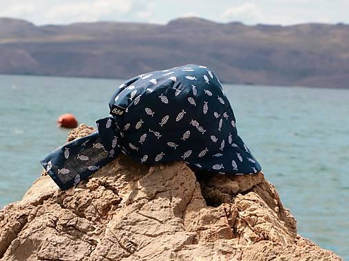 Letný detský šilt doprava rybky modrý