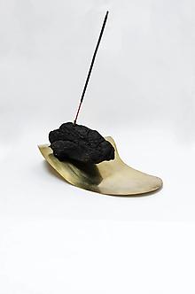 Dekorácie - Stojan na vonné tyčinky/ black MASS - 13625252_