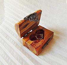 Krabičky - Drevená krabička na prsteň - 13630814_