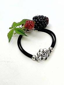 Náramky - Náramok s ružou čierny - 13632282_