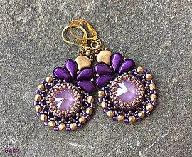 Náušnice - Luxusné fialovo-zlaté náušnice - 13634080_