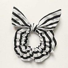 Ozdoby do vlasov - Recy-scrunchie bielo-čierna pásikatá - 13638466_