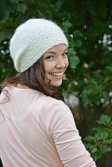 Čiapky, čelenky, klobúky - čepice v kremové - 13642201_