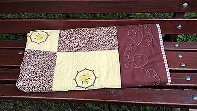 Úžitkový textil - Prehoz na posteľ - včelička - 13641353_