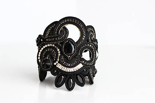 Šujtášový čierny náramok Frida