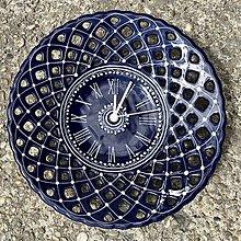 Hodiny - Vyrezávané hodiny Modrý kobalt - 13653307_