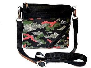 Iné tašky - Taška pre venčenie psov Camouflage - 13653625_