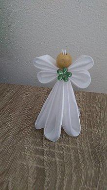 Dekorácie - Biely anjelik (So zeleným) - 13655355_