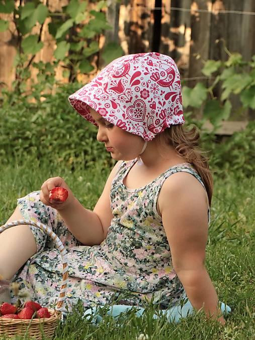 Letný detský ľanový čepiec vtáčik červený