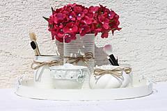 Dekorácie - Biela romantická vintage kúpeľňa na chalupe - 13658220_