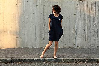 Šaty - Šaty balónový strih M08 - tmavomodré, srdiečko - biela potlač - 13662081_