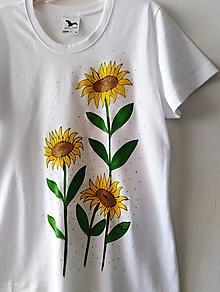 Tričká - Tri slnečnice - maľované tričko - 13664744_
