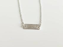 Náramky - Strieborný náramok s písmenkom - 13664529_