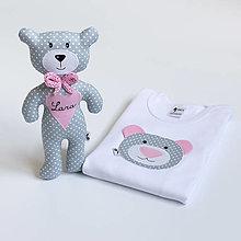 Detské oblečenie - SET MACKO  body + hračka (sivo - ružový) - 13666528_