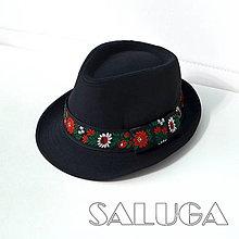 Čiapky - Folklórny klobúk - čierny - ľudový - čierna stuha - 13681018_