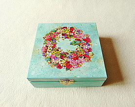 Krabičky - Drevená krabička Venček a sýkorka - 13679756_