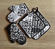Kuchynský set Black & White - chňapky a podložky