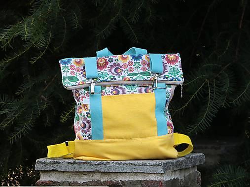 Rolltop batoh M žltý folklórny vzor