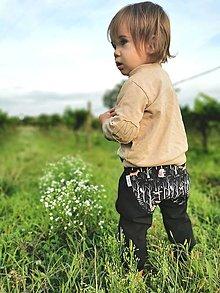 """Detské oblečenie - Softshellky """"horou hlbokou""""  (110 (4-5 r.) dl: 70cm, čierna) - 13689147_"""
