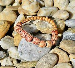 Náramky - Náramok z drevených koráliek - 13696013_
