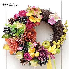Dekorácie - Elegantný veniec v jesenných farbách - 13698374_