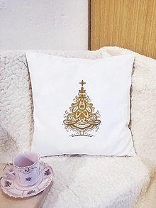 Úžitkový textil - Vianočná obliečka - zlatý stromček (PES, bavlna 40 x40) - 13699939_