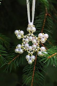 Dekorácie - Vianočná ozdoba snehová vločka -zlatá - 13701384_