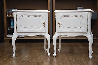 Nábytok - Nočné stolíky v krémovej bielej - 13707498_