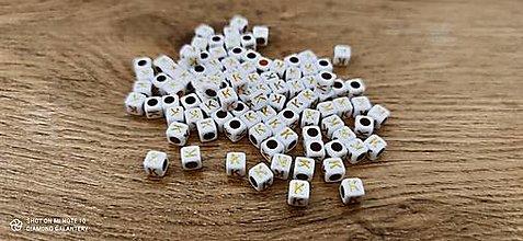 Korálky - Korálka písmenko - Bielo zlaté - 6x6 mm (K) - 13712768_