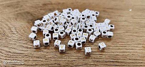 Korálky - Korálka písmenko - Bielo zlaté - 6x6 mm (V) - 13712780_