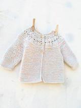 Detské oblečenie - Háčkovano-pletený svetrík  - 13712392_