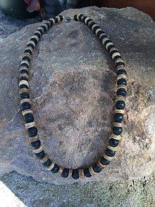 Náhrdelníky - náhrdelník Láva a Kokosové korálky - 13712235_