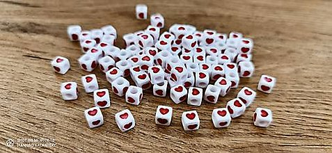Korálky - Korálky srdiečka 6 x 6 (Červená) - 13715699_