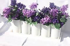 Dekorácie - Jednoduchá upcyklovaná dekorácia na veľký stôl s orgovánmi - 13715793_