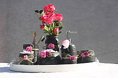 Nádoby - Originálna čierna dekoračná súprava do kúpeľne s ružami - 13715924_