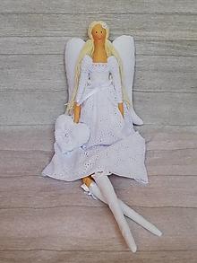 Dekorácie - Anjel z madeiry s veľkými krídlami - 13713955_