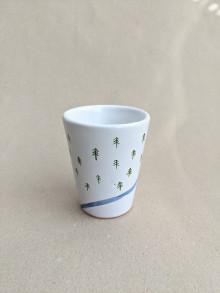 Nádoby - keramický pohár malý (rieka v ihličnatom lese) - 13718745_