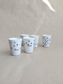 Nádoby - keramický pohár malý (rieka v zmiešanom lese) - 13718749_