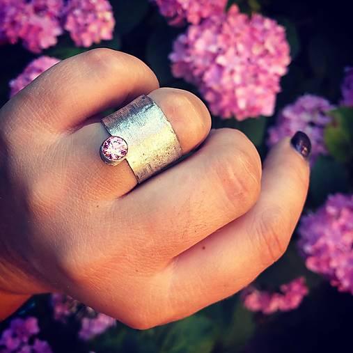 Strieborný prsteň - Nežný