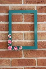 Rámiky - Rám na svadobnú fotografiu tyrkysový s kvetmi - 13720421_