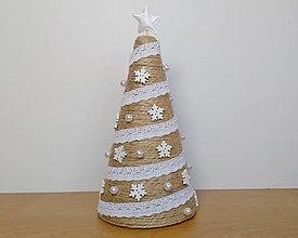 Dekorácie - Vianočný zasnežený stromček❄️ - 13719824_