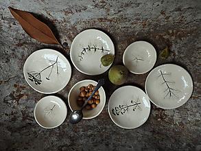Nádoby - Keramické bylinkové prírodné tanieriky - 13724605_