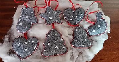 Dekorácie - Vianočné ozdoby z filcu - 13724014_