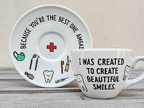 Nádoby - Maľovaná šálka s podšálkou pre zubára - 13728665_