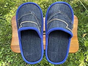 Ponožky, pančuchy, obuv - Veľké modré denim papuče s vreckom - 13726354_