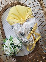 Textil - Paperová zavinovačka žltá s motívom zvieratiek - 13731920_