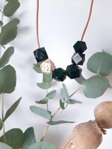 Náhrdelníky - Drevený náhrdelník - 13732820_